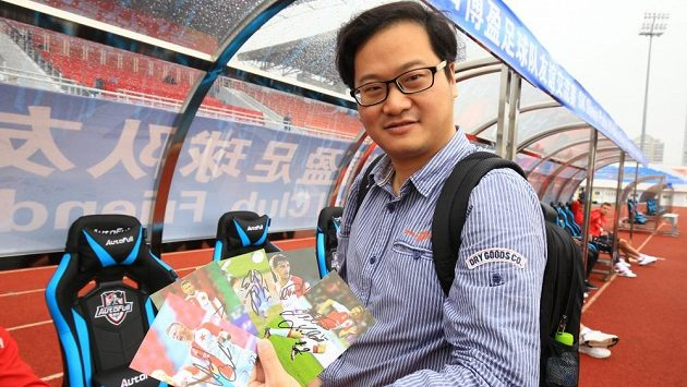 James Čou se hrdě pochlubil svými úlovky.