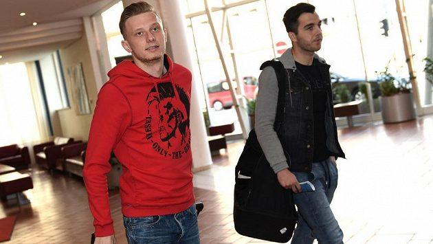 Sparťaňský záložník Ladislav Krejčí (vlevo) a jablonecký středopolař Martin Pospíšil na srazu české fotbalové reprezentace.