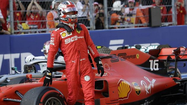 Kvalifikaci na Velkou cenu Ruska formule 1 vyhrál Charles Leclerc z Ferrari.