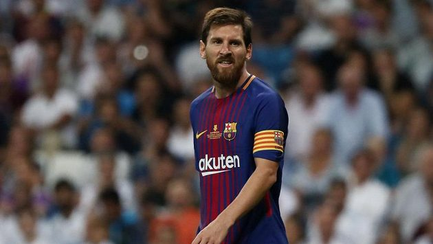 Barcelonský Lionel Messi v odvetě Superpoháru proti Realu.
