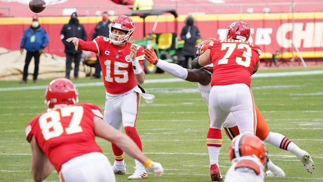 Vítězství v Super Bowlu obhajuje Kansas.
