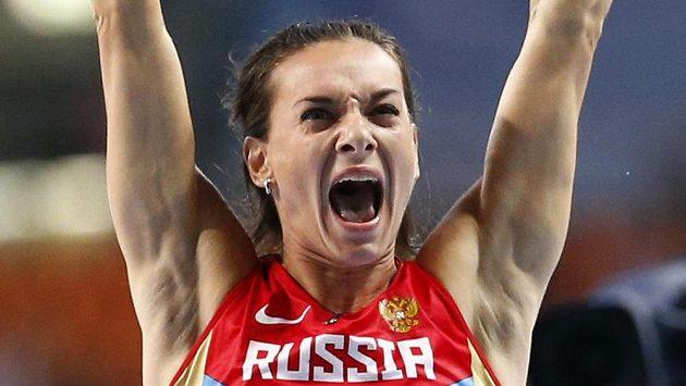 Nová mistryně světa Jelena Isinbajevová.