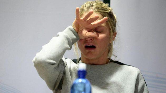 Therese Johaugová na tiskové konferenci.