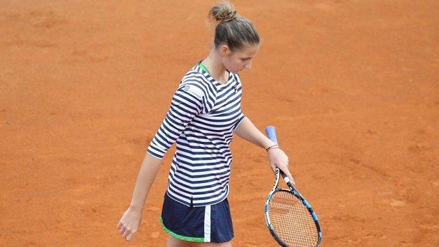 Karolína Plíšková v úvodním kole turnaje v Praze.