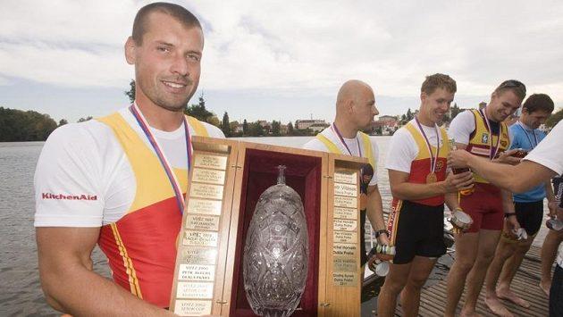 Milan Doleček (vlevo) vyhrál dvacátý ročník veslařského Chalupa Cupu na Vajgaru v Jindřichově Hradci