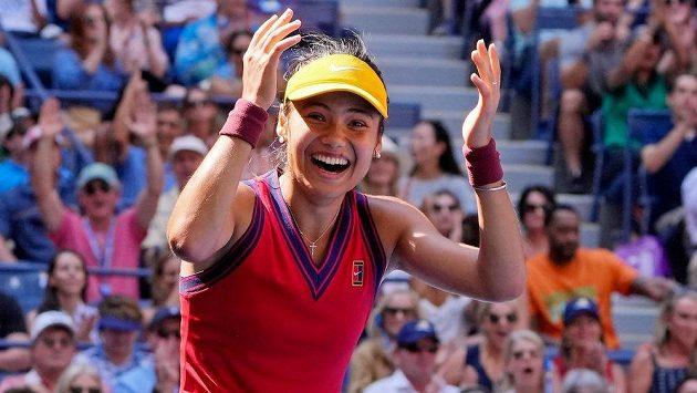 To jako vážně? Tenistka Emma Raducanuová senzačně prošla na US Open z kvalifikace do semifinále.