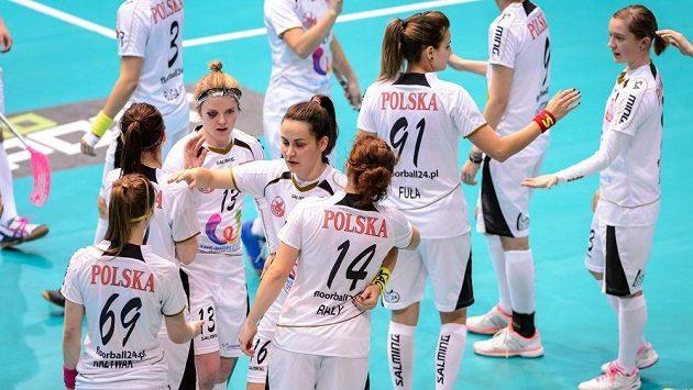Polky se radují, výhrou nad Ruskem si zajistily účast mezi osmičkou nejlepších týmů světa a ve čtvrtfinále vyzvou české florbalistky.