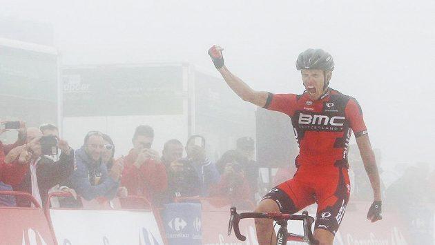 Ital Alessandro De Marchi se raduje z vítězství ve 14. etapě Vuelty.