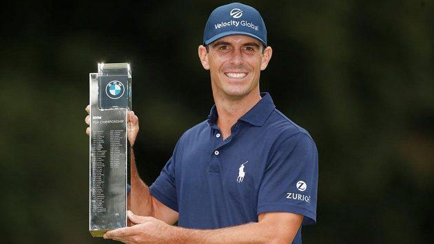 Golfista Billy Horschel se stal druhým americkým vítězem turnaje BMW PGA Championship.