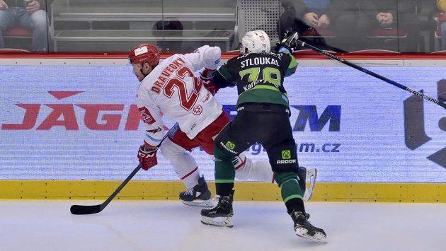 V souboji Vladimír Dravecký z Třince a Petr Stloukal z Karlových Varů.