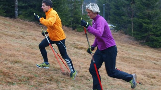 Běhání s holemi poznala i oštěpařka Barbora Špotáková.