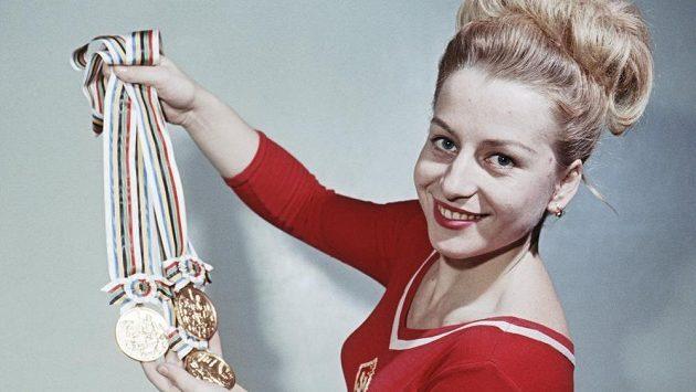 Věra Čáslavská na snímku z roku 1964.