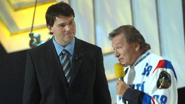 Jaromír Jágr a Karel Gott během Zlaté hokejky 2007 v Karlových Varech.