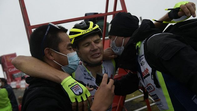 Sestřih 3. etapy cyklistické Vuelty.mp4
