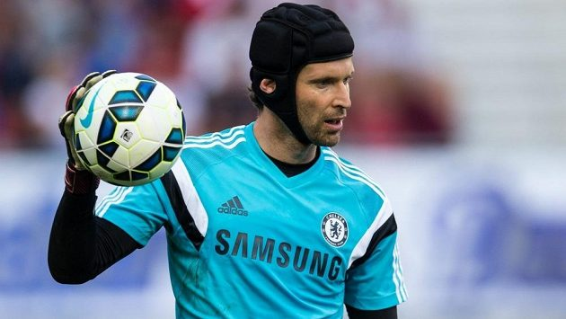 Petr Čech zřejmě bude až druhou volbou trenéra Blues Josého Mourinha.