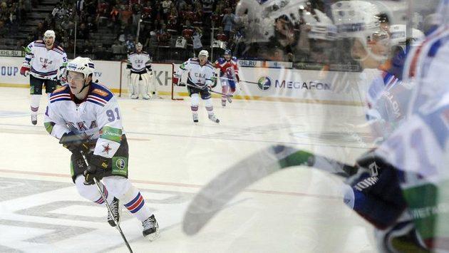 Dvěma góly a dvěma přihrávkami přispěl k vítězství Petrohradu Vladimir Tarasenko.