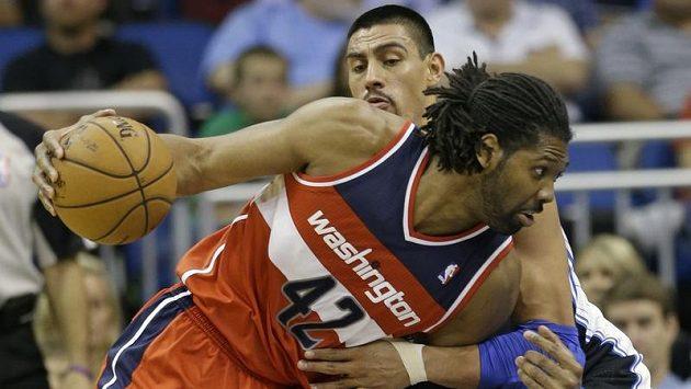 V dresu Wizards zaznamenal nejlepší výkon v dosavadní sezoně Nené.
