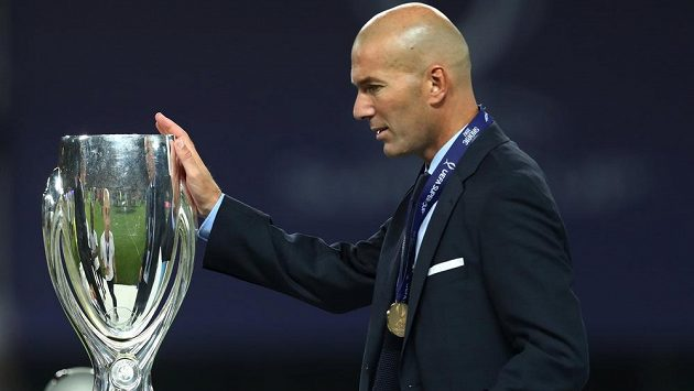 Trenér Zinédine Zidane má s Realem Madrid úspěchy.