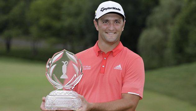 Španělský golfista Jon Rahm vyhrál prestižní turnaj Memorial v americkém Dublinu a je novou světovou jedničkou.