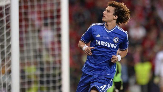Obránce David Luiz přestoupil do PSG, Chelsea ho ale prý postrádat nebude.