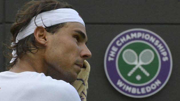 Rafael Nadal nepřešel ve Wimbledonu první kolo.