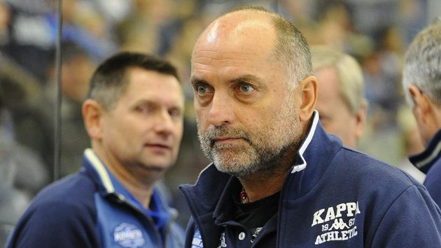 Trenér hokejistů Komety Brno Vladimír Kýhos.