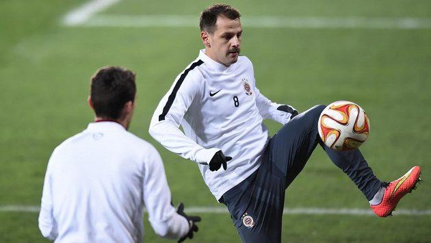 Záložník Sparty Praha Marek Matějovský se připravuje na duel Evropské ligy proti Neapoli.