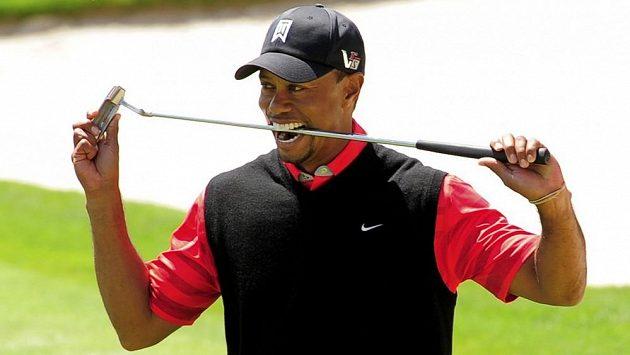 Tiger Woods ovládl turnaj Arnold Palmer v Orlandu a po dvou a půl letech se znovu stal světovou jedničkou.