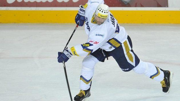 Jaromír Jágr láme hokejku v ostře sledovaném utkání Kladna proti Spartě