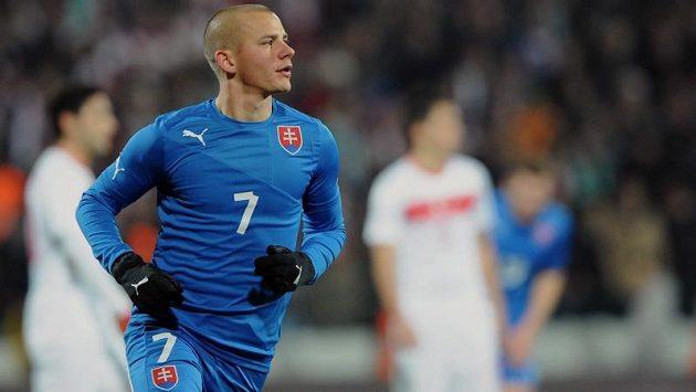 Vladimír Weiss oslavuje gól proti Turecku