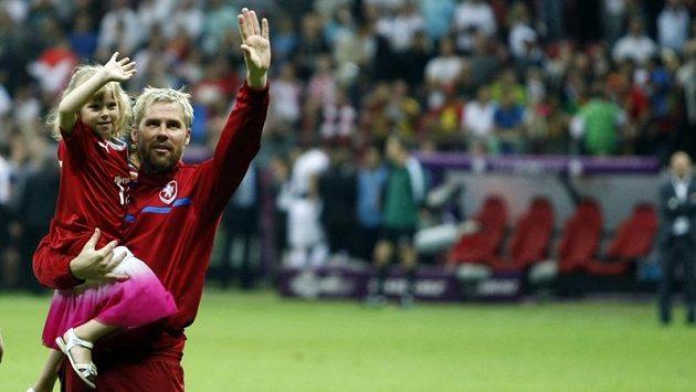 Tomáš Hübschman s dcerou Michaelou mává naposledy divákům. Cesta české reprezentace šampionátem skončila ve čtvrtfinále.