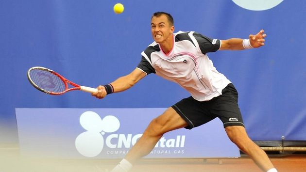 Lukáš Rosol na challengeru Prague Open.