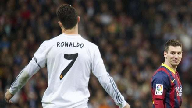 Věční rivalové Lionel Messi a Cristiano Ronaldo by se mohli představit ve stejném týmu.