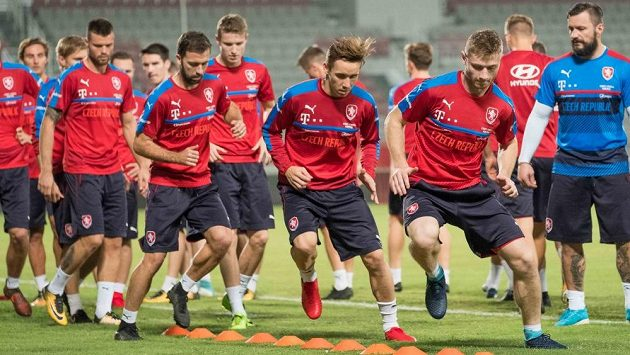 Čeští fotbalisté při tréninku - ilustrační foto.