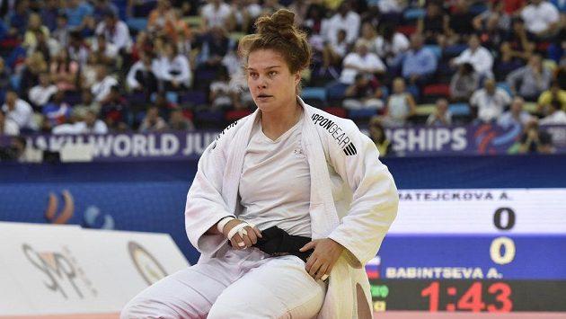 Česká judistka Alice Matějčková, která prohrála s Ruskou Alexandrou Babintcevovou.