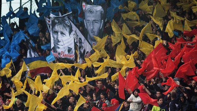 Fanoušci Sparty během utkání s Duklou.