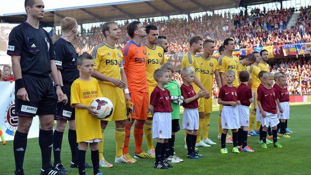 Malí fotbalisté před zápasem Sparta - Jihlava.