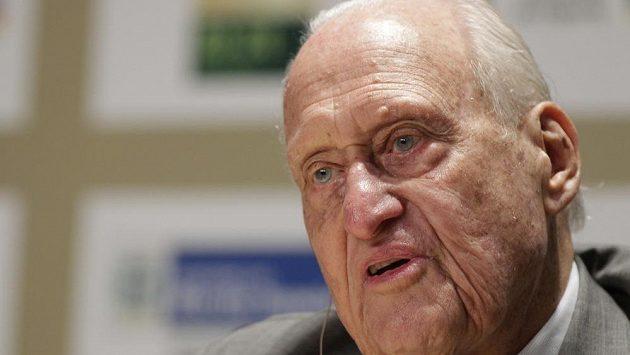 Ve věku 100 let zemřel bývalý dlouholetý předseda FIFA Brazilec Joao Havelange.