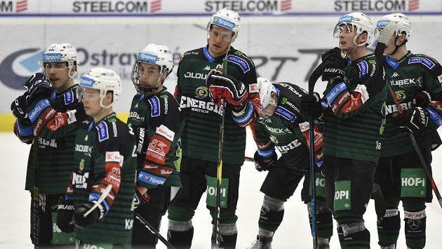 Omlazený tým Karlových Varů dostal podle očekávání ve Vítkovicích nařezáno.