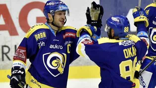 Kapitán Zlína Ondřej Veselý (vlevo).