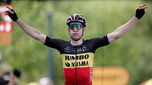 Van Aert po dvojím přejezdu Mont Ventoux vyhrál 11. etapu Tour