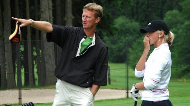 Bývalý tenisový reprezentant Petr Korda s dcerou Jessicou, talentovanou golfistkou, v Mariánských Lázních.