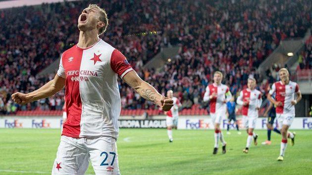Je to tam! Tomáš Necid ze Slavie se raduje ze svého gólu proti Maccabi. Proti Astaně by se chtěl trefit také.