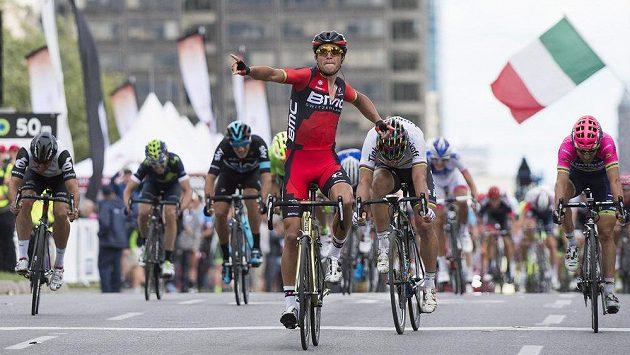 Cyklistická Grand Prix v Montrealu, vpředu vítěz Greg Van Avermaet z belgie.