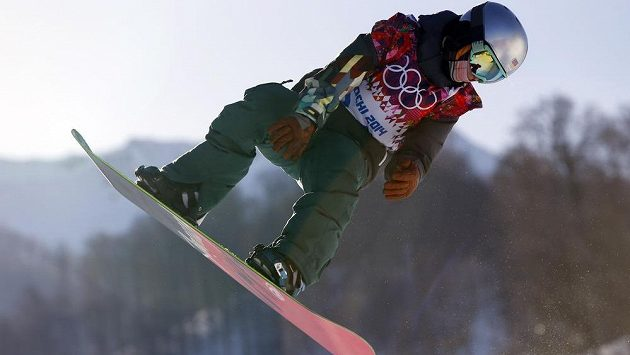 Česká snowboardistka Šárka Pančochová v kvalifikaci slopestylu.