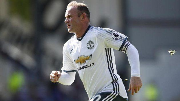 Wayne Rooney z Manchesteru United během utkání s Burnley.