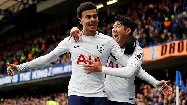 Dele Alli se na Chelsea stal hrdinou Tottenhamu.