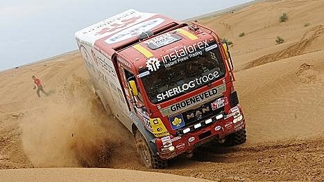 Aleš Loprais na trati čtvrté etapy Silk Way Rallye
