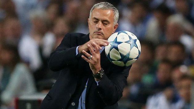 Portugalský trenér Chelsea José Mourinho.