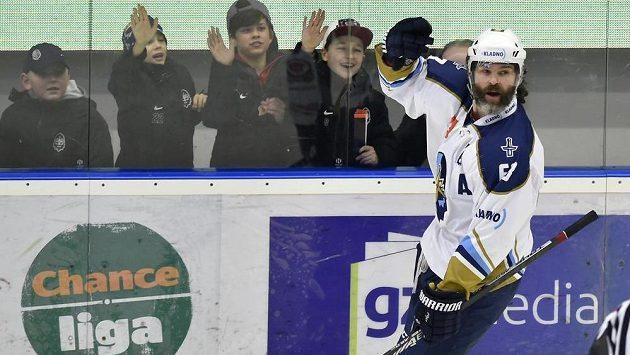 Jaromír Jágr se raduje z gólu v brance Pardubic. Kladno ale nakonec dobře rozehraný zápas ztratilo.